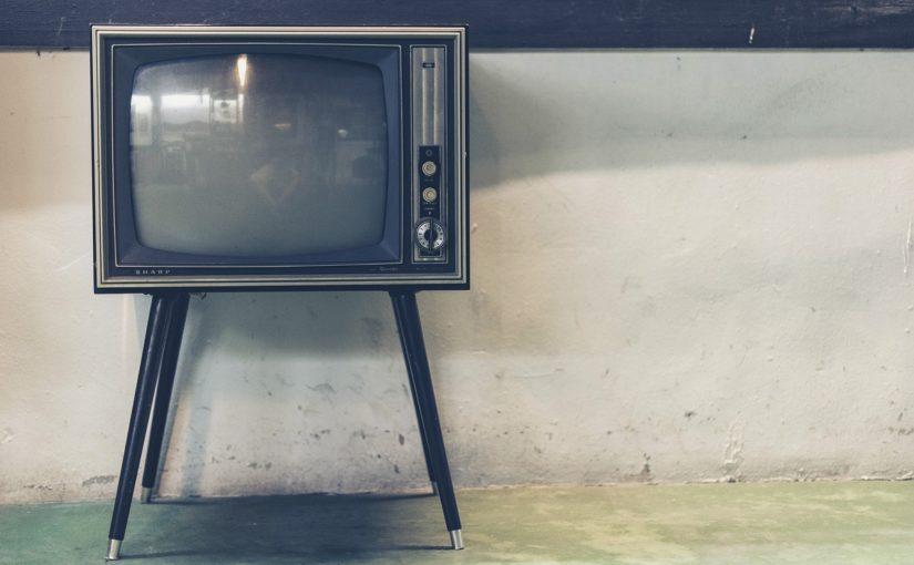 Wspólny spokój przed telewizorem, czy też niedzielne filmowe popołudnie, umila nam czas wolny ,a także pozwala się zrelaksować.
